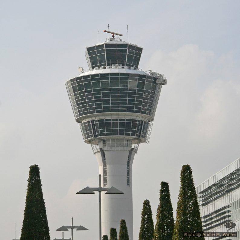 Tower am Flughafen von München