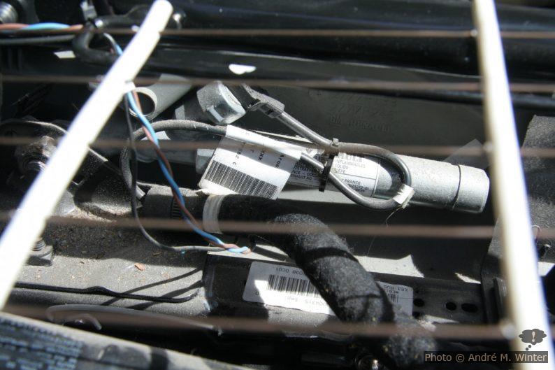 Gurtstraffer am Beifahrersitz im Renault Trafic.
