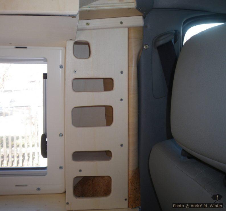 Verbau rund um das Fenster