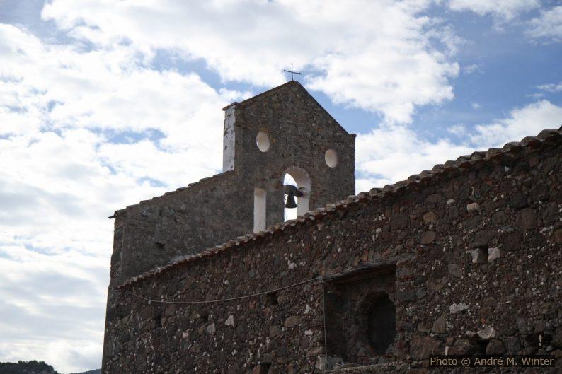 Superstructure de la façade de San Pietro del Golgo
