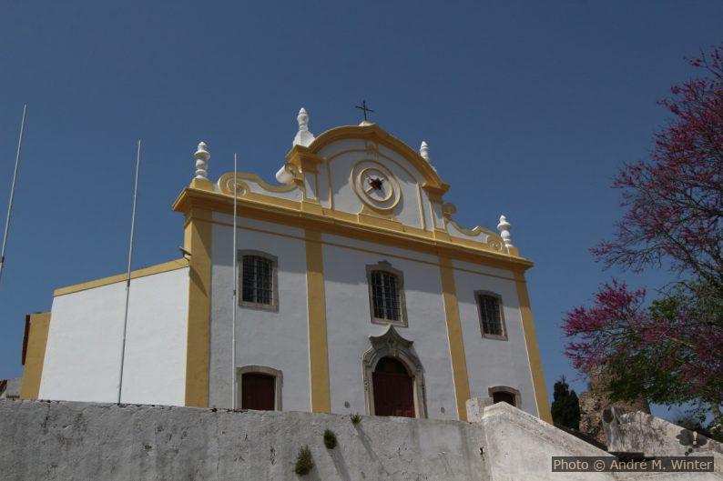 Fachada da Igreja Matriz de Santiago do Cacém