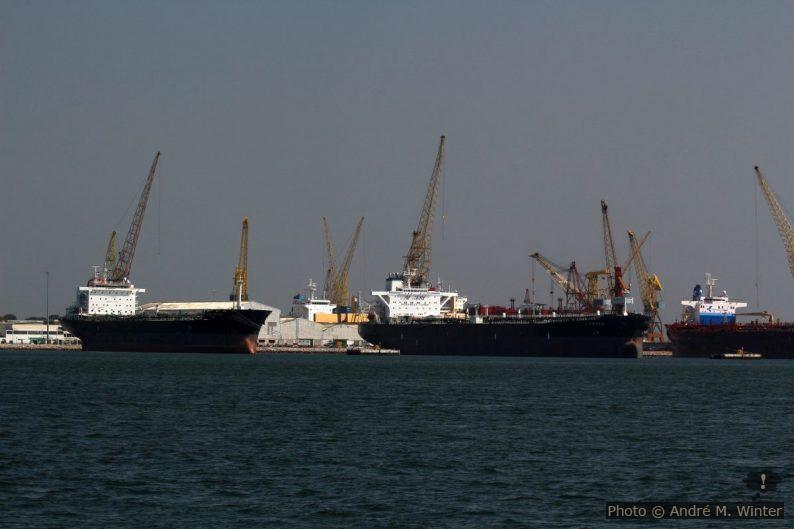 Navires en gardiennage au chantier naval Lisnave de Mitrena