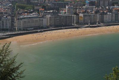 Ville de Donostia et sa plage