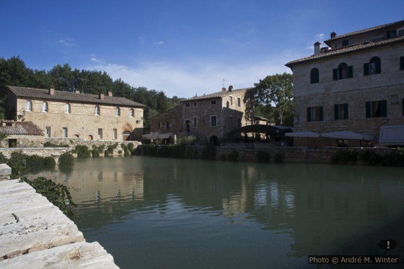 Bassin de la source chaude de Bagno Vignoni
