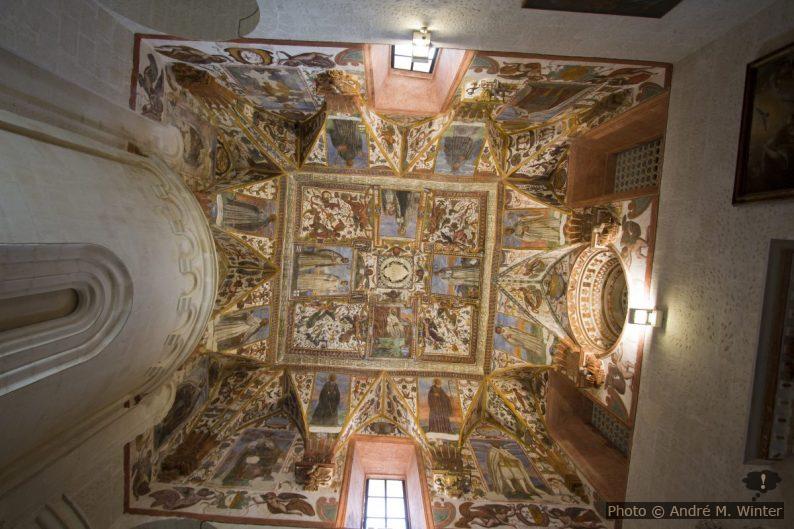 Fresques des voûtes de la sacristie de la Chiesa dei Santi Niccolò e Cataldo