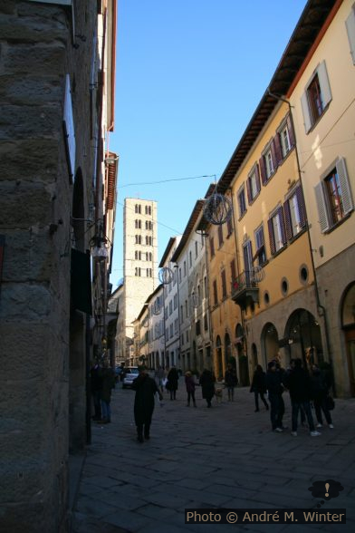 Campanile Aux cent Trous de l'église Santa Maria della Pieve à Arezzo