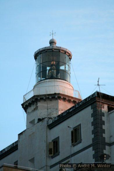 Lanterne du Phare du Cap Palinuro le soir