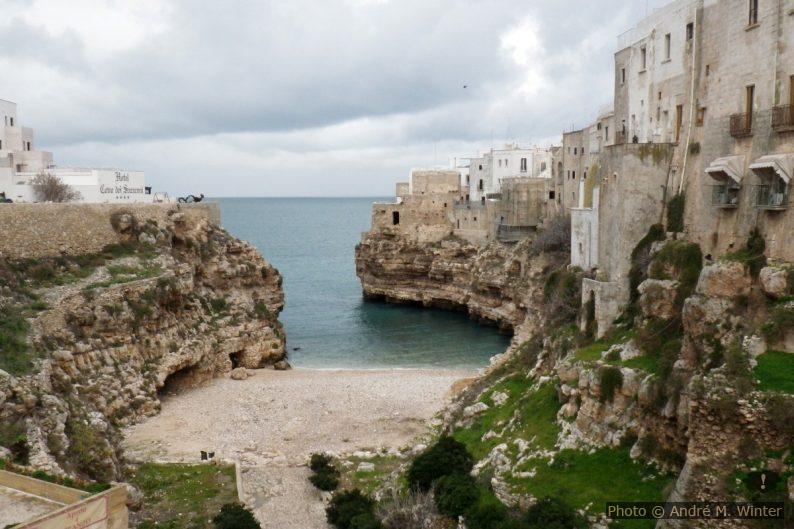 Cala porto e Spiaggetta di Polignano