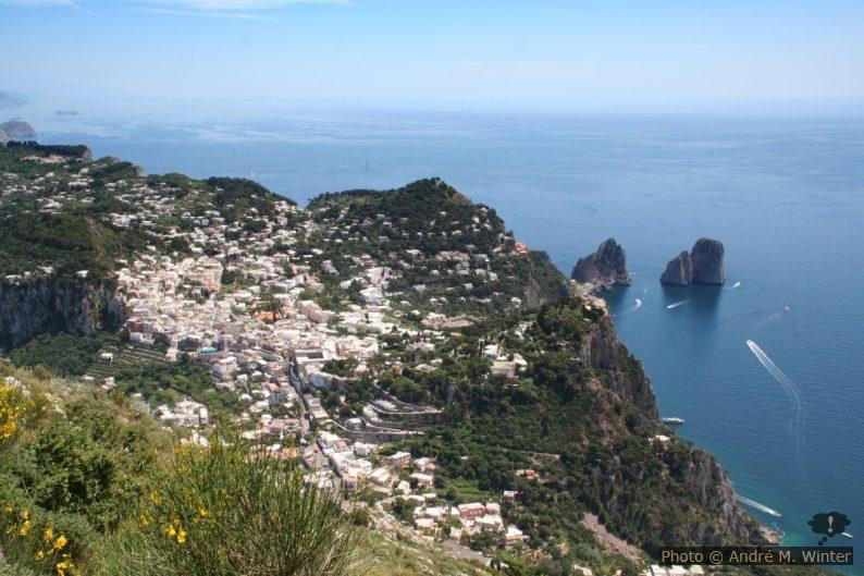 Le village de Capri et le Monte Tuoro